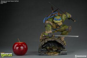 TMNT Leonardo Statue
